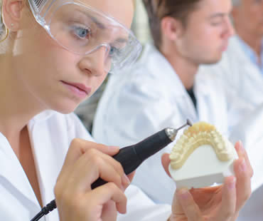 What you Need to Know about Permanent Dentures
